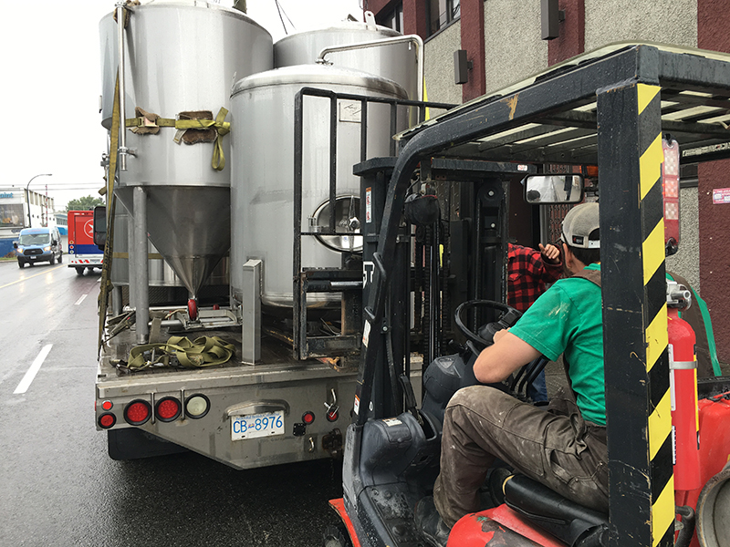 Luppolo_Brewing_Company_Vancouver_Journey_10